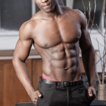 Topless waiter Tyreese