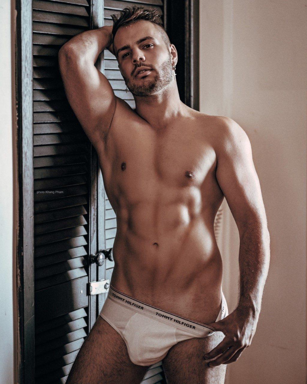 Sydney-stripper-Stefanothumbnail_IMG-20200323-WA0012