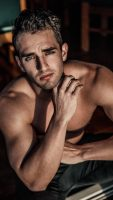 Levi-Adelaide-topless-waiter-and-male-entertainer
