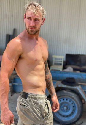 Adelaide_Male Topless Waiter_Kurt_SA Adelaide_ADEL_Magic Men Australia
