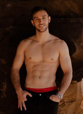 Arthur-Topless-Waiter-Sydney