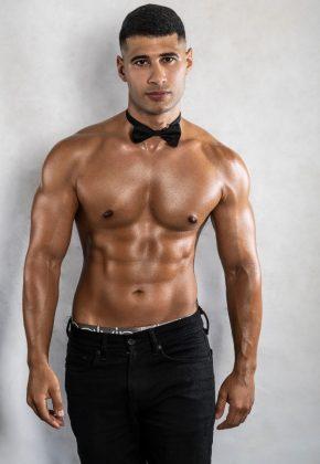 tarique topless waiter sydney